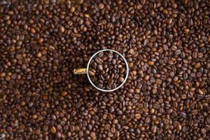 Bere caffè prima dell'attività fisica fa perdere peso
