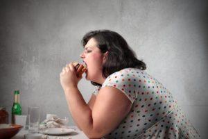 Aumento peso, 5 cose che lo provocano