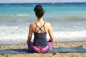 Dimagrire con lo yoga: la dieta giusta