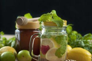 L'acqua detox per ridurre il colesterolo