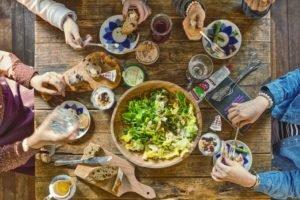Come fare una dieta vegana secondo una nutrizionista