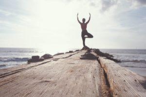 Autofagia dieta: mimare il digiuno per dimagrire e vivere a lungo