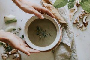 Vellutate per dimagrire: la ricetta light e detox