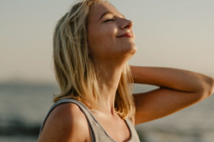 Ridurre il girovita si può grazie al respiro