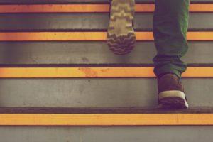 Camminare 10 mila passi al giorno non fa dimagrire