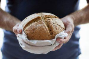 8 ricette facilissime per fare in casa dolci, pane e sformati