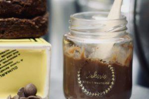 Budino cacao e cachi: la ricetta perfetta con 2 ingredienti