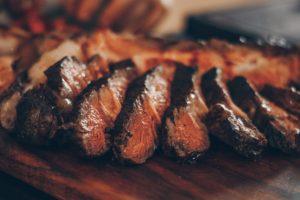 Dieta senza carne provoca più rischio di fratture