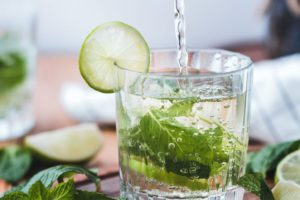 10 ricette di acque detox drenanti e depurative