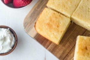Torta ipocalorica per colazione al semolino